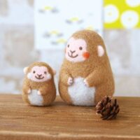Hamanaka Needle Felting Kit - Mother & Child Zodiac Monkey
