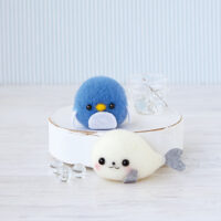 Hamanaka Needle Felting Kit - Seal & Penguin