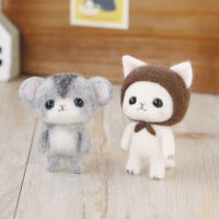 Hamanaka Needle Felting Kit - White Cat & Hamster